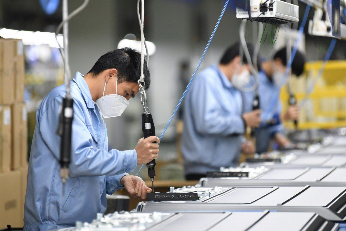 Vietnam gov't waives taxes to boost economic recovery