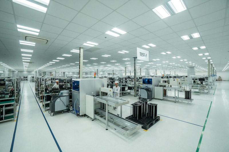 Qualcomm establishes R&D center in Hanoi, first in SE Asia