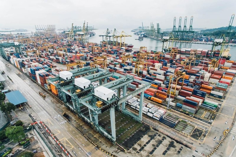 Vietnam trade surplus widens to US$4 billion in H1