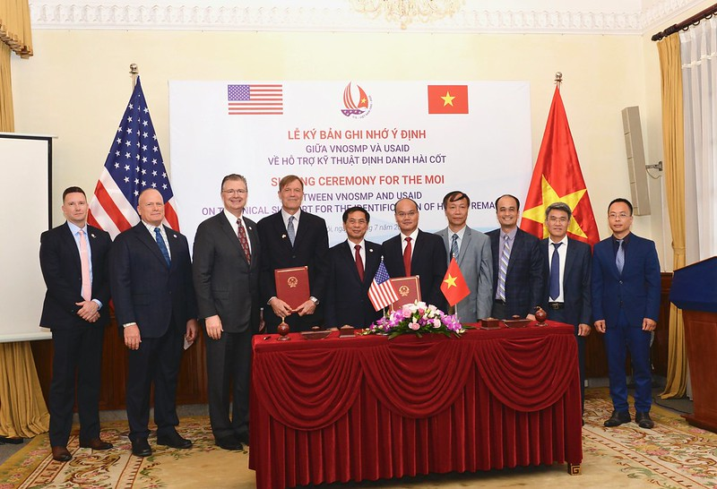 Vietnam, US strengthen partnership in overcoming war legacies
