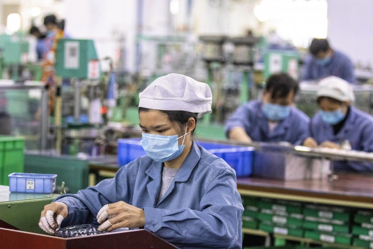 Covid-19 impacts on Vietnam economy not fully reflected in 6-month data: CIEM