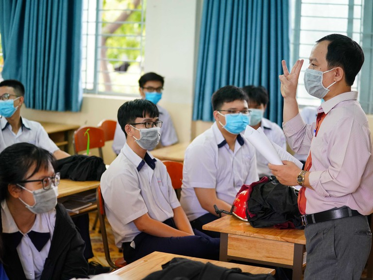 Vietnam PM okays national high school exams amid Covid-19 resurgence