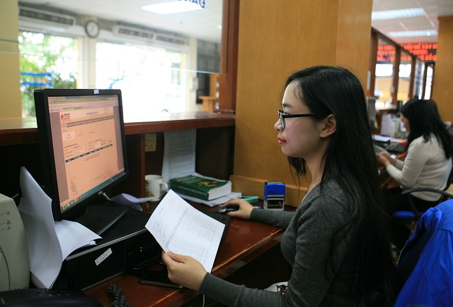 Hanoi taxman expects all local enterprises to use e-invoices this September