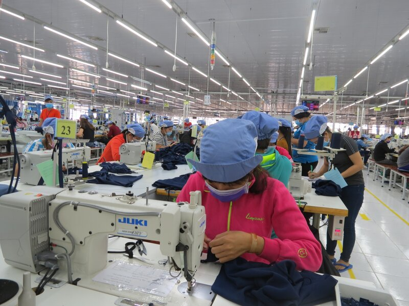 Nearly 50% of firms in Vietnam forced to lay off workers in Covid-19 resurgence