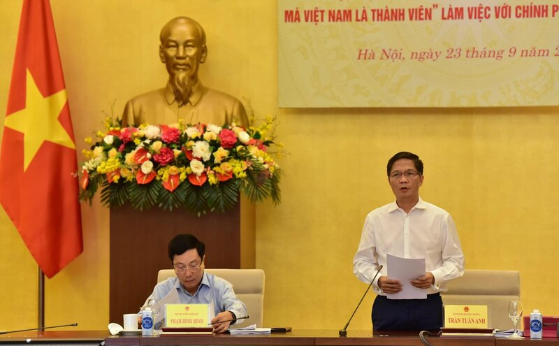 Vietnam trade minister highlights preliminary successes from EVFTA, CPTPP