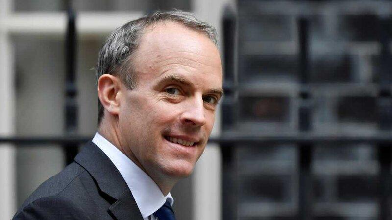 UK foreign minister seeks trade deal in Vietnam visit