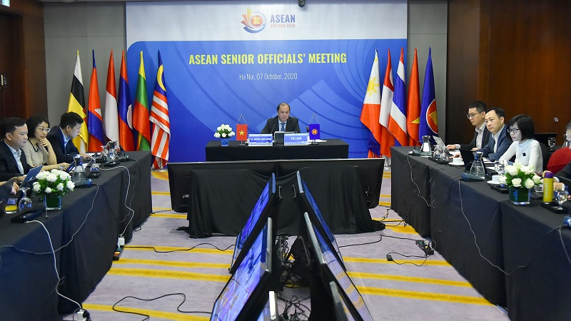 ASEAN senior officials discuss possible admission of new partners