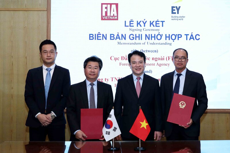 Vietnam seeks investments from Japan, S.Korea into supporting industries