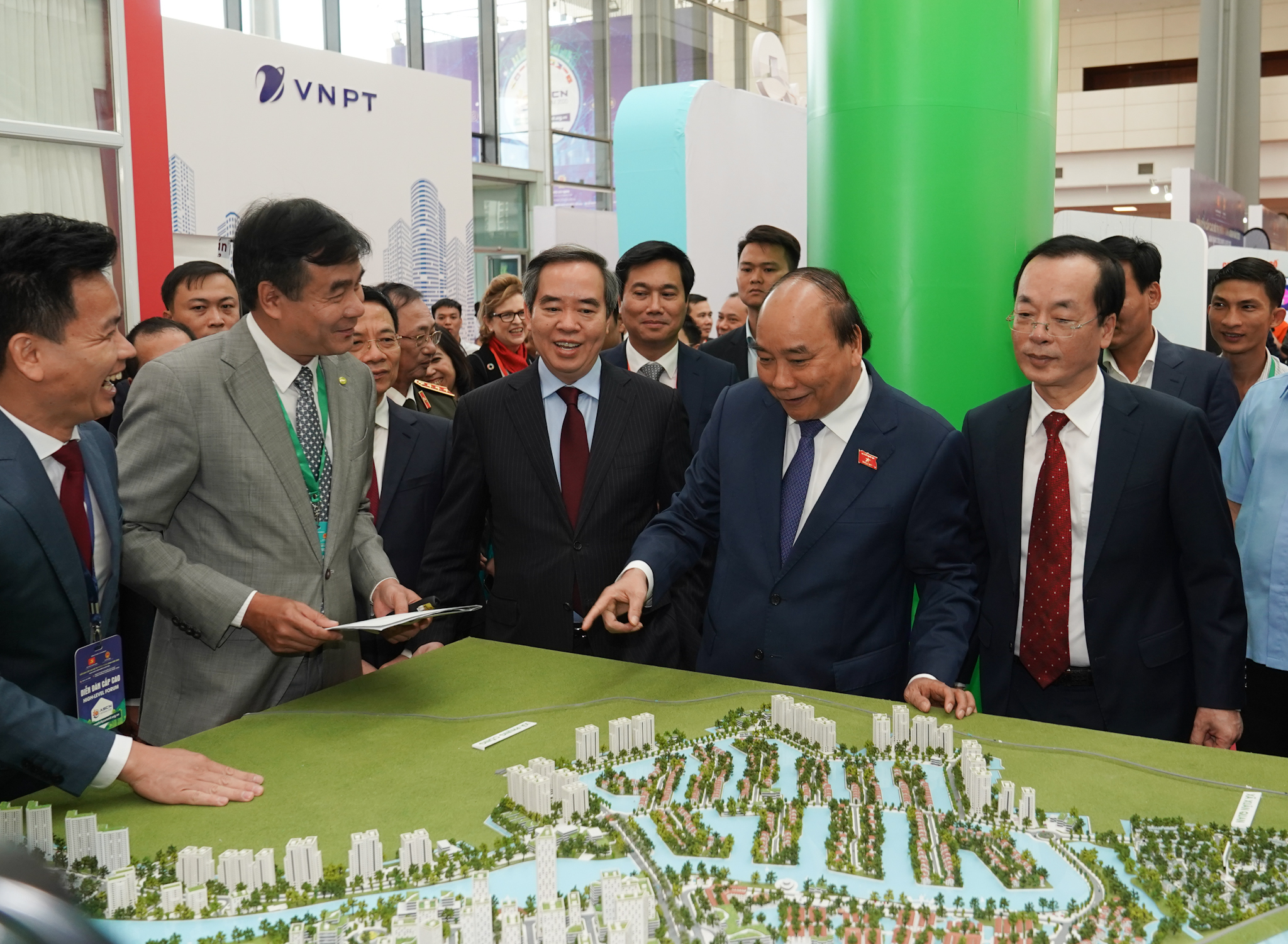 Smart city building helps improve national competitiveness: Vietnam PM