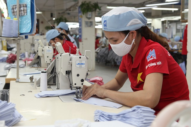 Vietnam gov't warns of interest groups profiteering from SOE privatization