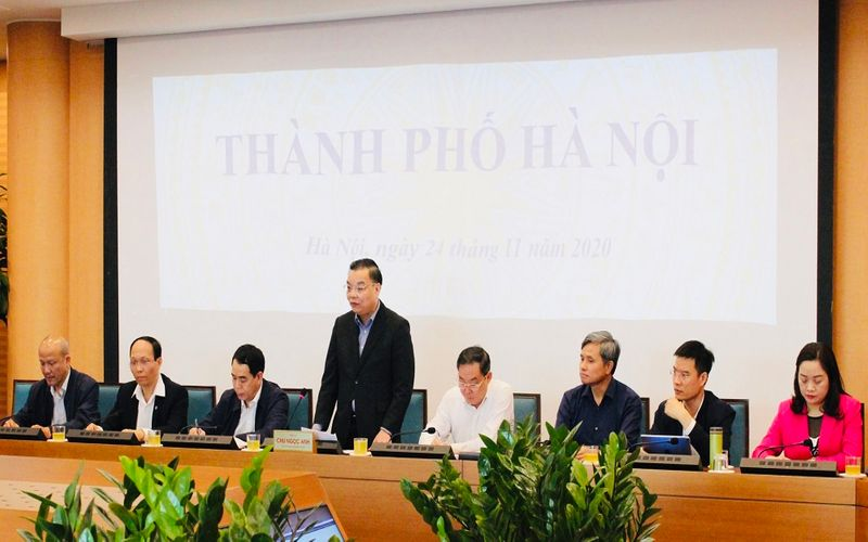 Hanoi strengthens law compliance to improve business environment: Mayor