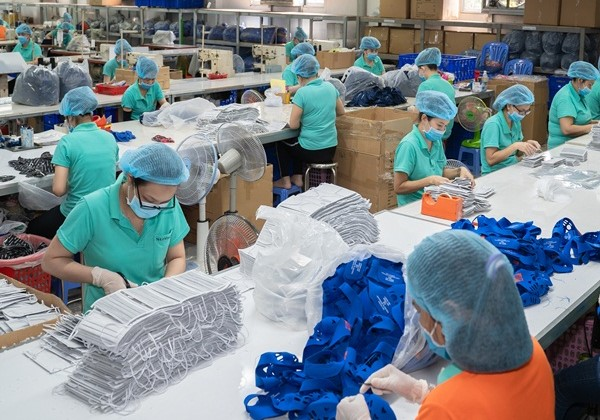Triple Masks Face China Exports Nearly In Jan To Vietnam's