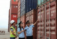 Growing number of suspicious Chinese goods forging Vietnamese origin exported to US: USAID