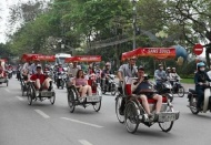 Hanoi considers banning cyclos to reduce traffic congestion