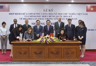 Vietnam, US sign agreement on customs cooperation