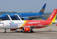Vietnam's first airline to suspend flights to China tomorrow