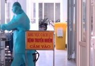 Hanoi's neighbor province isolates one commune with five Covid-19 patients