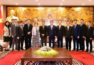 Hanoi committed to creating optimal conditions for foreign investors