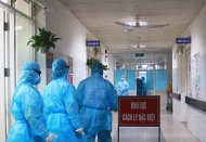 Vietnam PM orders closure of unnecessary services to curb Covid-19 spread