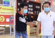 Vietnamese tech retailers manage to survive Covid-19 pandemic