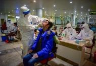 Vietnam advised to continue mass coronavirus testing