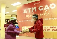 Second rice ATM operated in Hanoi to help needy people overcome Covid-19