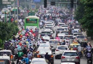 Hanoi streets packed with vehicles as usual after social distancing orders lifted
