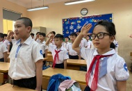 Hanoi students at all levels return to classes after 3-month break