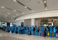 Repatriation goes on: 685 Vietnamese citizens brought home on June 24