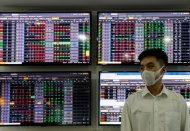 Vietnam stock market remains bright spot in Southeast Asia amid Covid-19