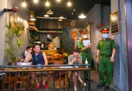 Hanoi on first day of enforcing social distancing at eateries, bars