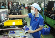 Vietnam manufacturing activity drops for two consecutive months