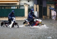 Northern Vietnam to face downpours and cold air later this month