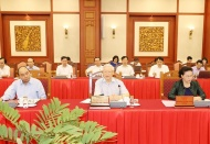Hanoi must set an example in all aspects: Party chief