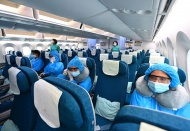 Foreigners to Vietnam required to pay quarantine and testing fees