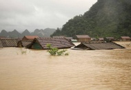 US provides US$100, 000 assistance to Vietnam's response to tropical storm Linfa