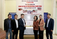 Kinh te & Do thi calls for support for victims of historic flooding in central Vietnam