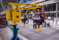 Vietnam manufacturing index dips amid natural disasters