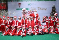 Chrismas comes early for child patients at Vietnam National Children's Hospital