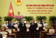PM approves five deputy mayors of Hanoi