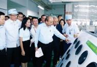 Vietnam sets high GDP target in 2021 to make breakthroughs
