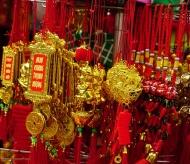 Hanoi's Old Quarter flower market overwhelmed with lucky red color