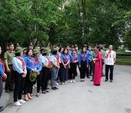 Ho Chi Minh relics welcome thousands of visitors over the weekend