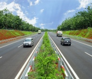 Vietnam to start building North-South Expressway in September