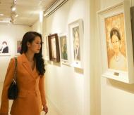 The beauty of Vietnamese outstanding women in paintings