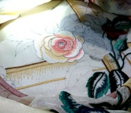 Efforts to preserve and ship Hanoi hand embroidery products abroad