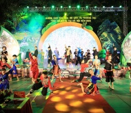 Ha Giang province cultural and commercial space attracts Hanoi visitors