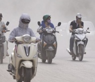 Bad weather worsens air pollution in Hanoi