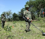Vietnam to clear 800,000 ha of bombs and mines by 2025