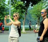 Hanoi: Hoan Kiem pedestrian street reopens